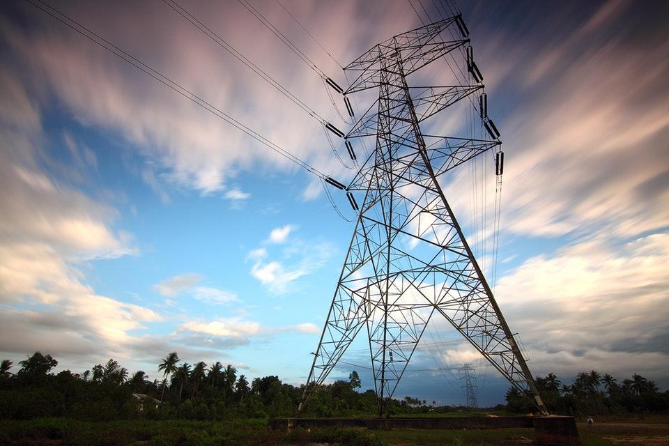 Jak zmienić dostawcę prądu w bloku